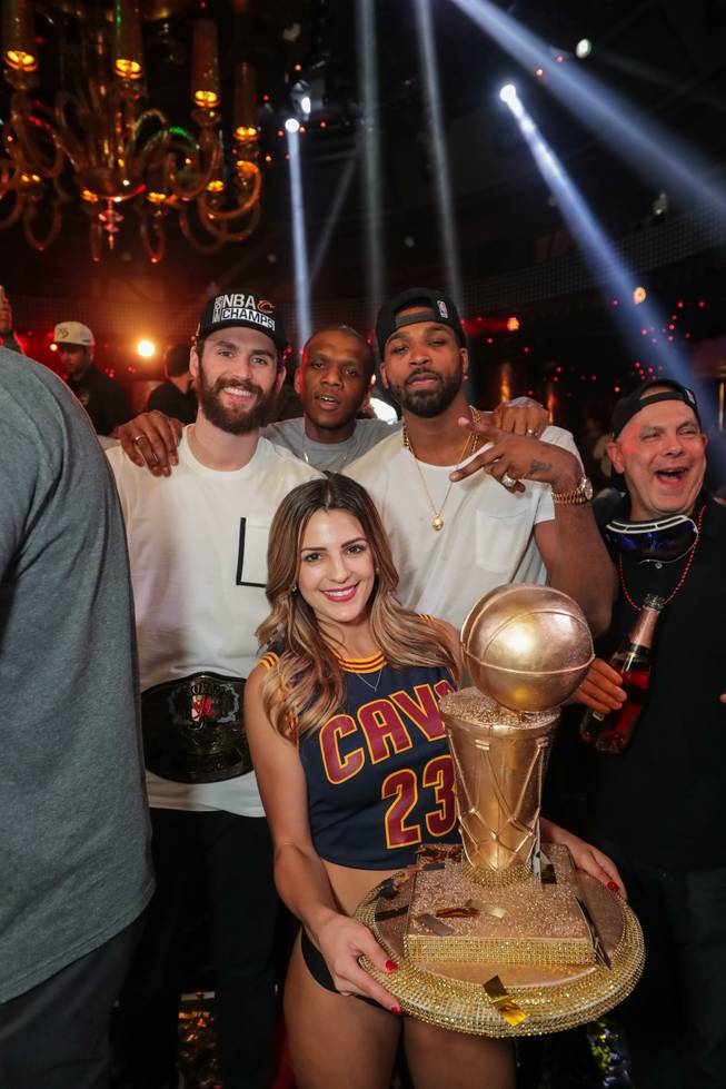 cleveland-cavaliers-celebrate-championship-2016-at-xs-encore-5